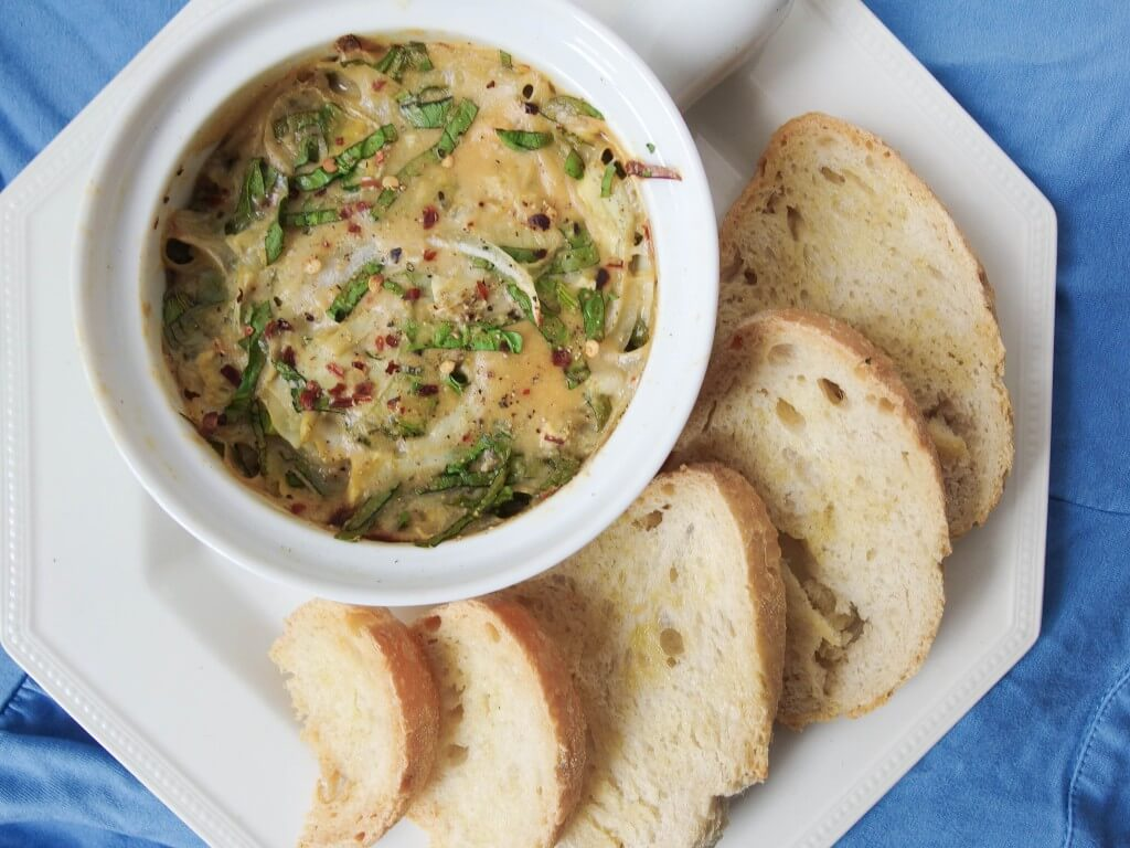 Vegan Spinach Artichoke Dip Recipe - Yup, it's Vegan