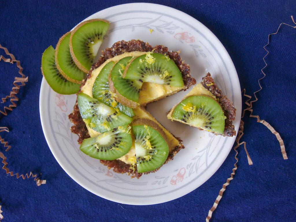 Sugar-free tropical raw mango tarts - Yup, it's Vegan