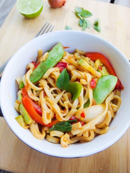 vegan_spicy_basil_noodles_2