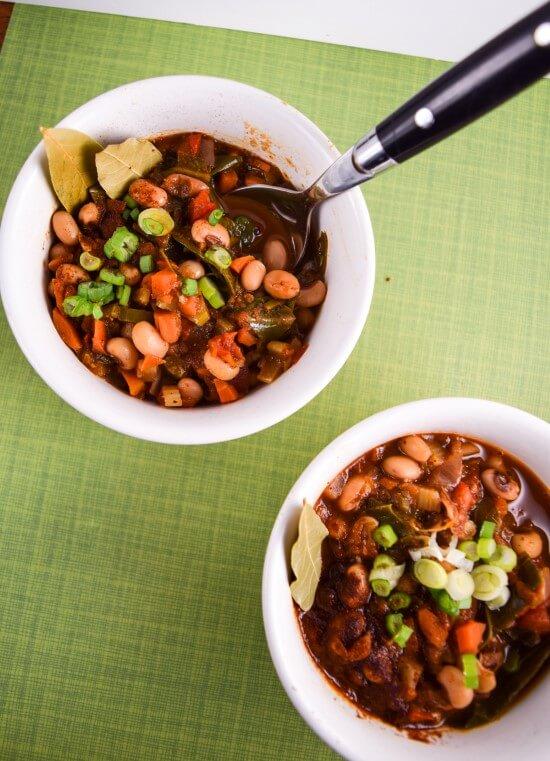 Black-eyed Pea and Collard Green Chili from the Vegan Pressure Cooking cookbook! | yupitsvegan.com.