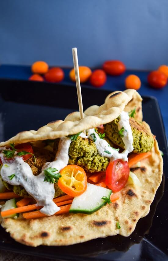 Baked Spinach Artichoke Falafel | yupitsvegan.com. Hearty baked falafel made with fresh spinach and artichoke hearts, lightly spiced and totally vegan, grain- oil- and gluten-free!
