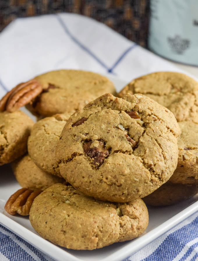 30 Vegan Cookie Recipes with NO Margarine | yupitsvegan.com. Delicious vegan recipes without commercial substitutes required, including these gluten-free maple pecan cookies.