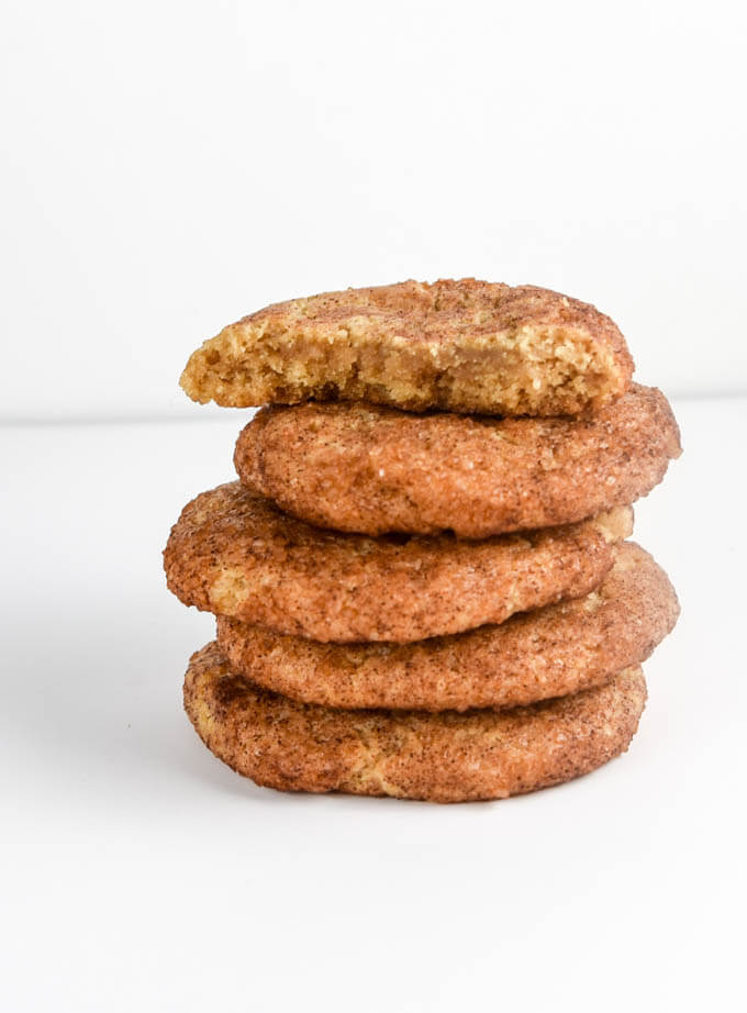 30 Vegan Cookie Recipes with NO Margarine | yupitsvegan.com. These classic snickerdoodles, and 29 others, are all made with non-commercial ingredients, such as coconut oil.
