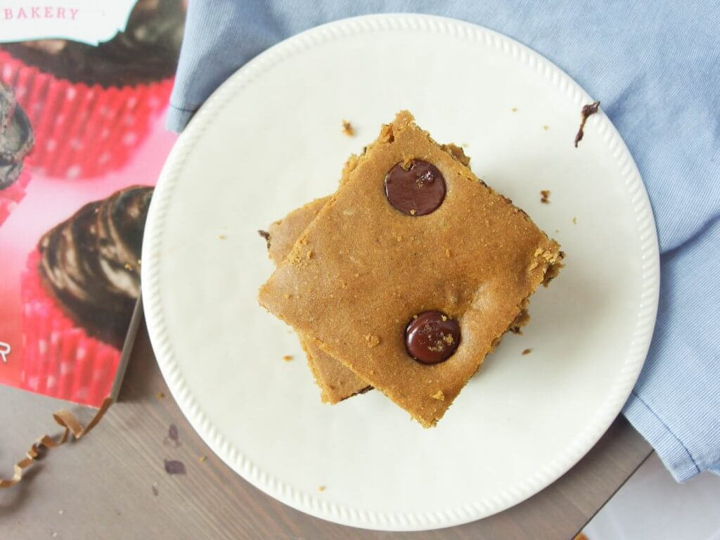 Blondies with Roots and a Sweet Debbie's Organic Treats giveaway - Yup, it's Vegan