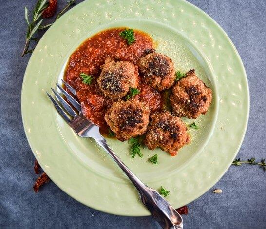 Vegan Meatballs Recipe with Chickpeas and Seitan | Yup, it's Vegan