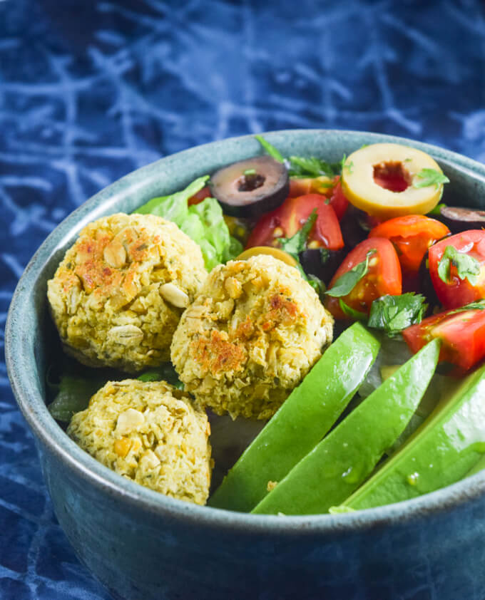 Simple Baked Falafel (No Soaking) | Yup, it's Vegan