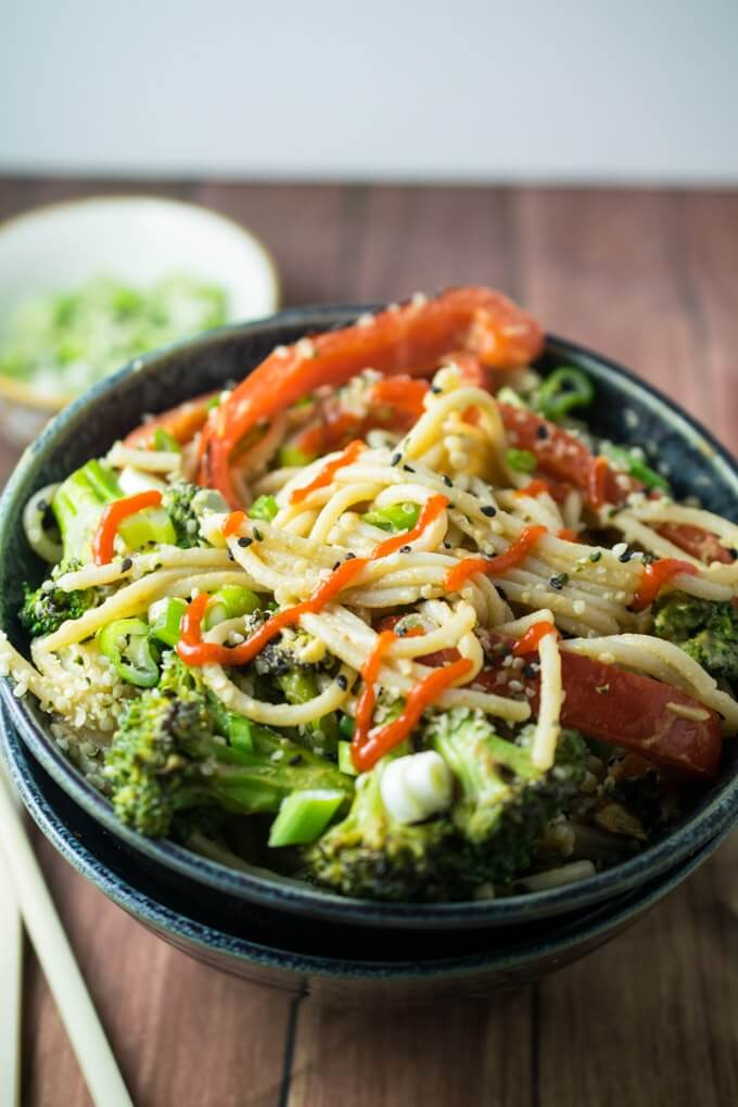 Sriracha Hemp Noodles | Yup, it's Vegan. Spicy sriracha-infused sunflower butter sauce makes the perfect dressing for rice noodles and veggies.