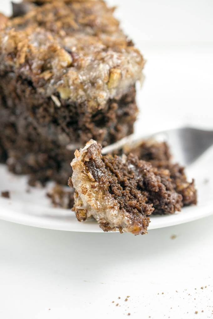 German Chocolate Cake Without Coconut Frosting