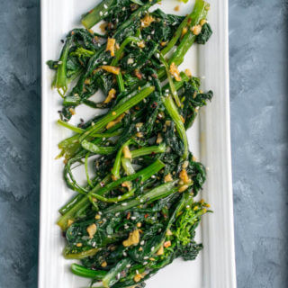 Simple Stir-fried Choy Sum (Chinese Flowering Cabbage) | Yup, it's Vegan